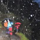 Trekkingschirmtest beim Abstieg durch die wilde Hölle