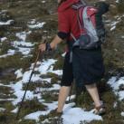 Mit Trekkingsandalen durch die Berge Bhutans - im Notfall geht es auch so