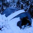 nasser Schnee heißt, auch nachts mal aufstehen und den Schnee abschütteln...