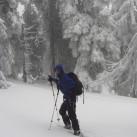 Trail Ergo Cork in Aktion beim Schneeschuhwandern