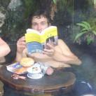 Bild 23: Frühstück in den Hot-Springs in den kandischen Wäldern von Andrea