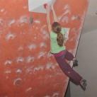 23 Boulder_Finale_Johanna hat den Sprung gemeistert