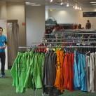 Blick auf das Sortiment der Jack Wolfskin Stores