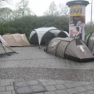 9:00 Uhr, Leipzig, Regen: Die Versteigerungszelte sind schon da!