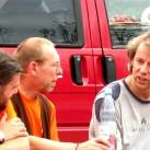 Letzte Absprachen mit dem biwak-Team beim 10. Bergfilmfestival 2008