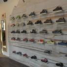 Adidas: neue Schuhwand nach dem Umbau
