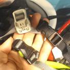 Helme: Einstellungsmöglichkeiten/ Verschließmechanismus mittel Steckschließe...