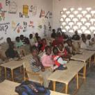 Hier erhalten die Kinder warme Mahlzeiten und Schulbildung