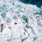 Im gleichsam berühmten wie auch gefährlichen Khumbueisbruch unterhalb der Westschulter des Everest 2005