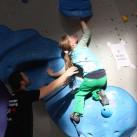 Sächsischer Kinder- und Jugendcup im Bouldern: Volle Konzentration bei Philine