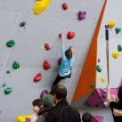 Sächsischer Kinder- und Jugendcup im Bouldern: Man ist wie hier Elena nie sicher vor den Kameras :)