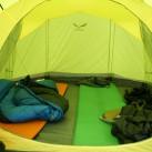 Salewa Alpine Hut IV - Viel Platz im Innenzelt, erst recht, wenn man es nur zu zweit bewohnt.