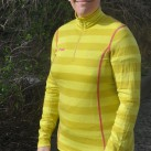 Bergans Akeleie Lady Half Zip: Etwas länger geschnitten und mit farbigen Kontrastnähten