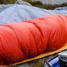 Lauschige Nächte auch unterm freien Himmel mit dem richtigen Schlafsack (copyright: Mammut)