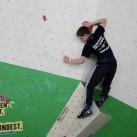 Sächsische Landesmeisterschaften Bouldern 2015 im SüdBloc: Christoph behält alles im Blick