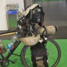 Outdoor 2015: ...ein vollbeladenes Tourenrad parkte direkt bei Ortlieb, ...
