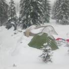 Zelten im Schnee im Iser
