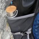 Flaschen oder Gestänge, egal was in den Seitentaschen steckt, ein einstellbares Gurtband verhindert versehentliches Herausfallen