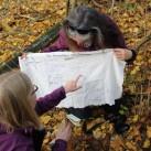 Andere nutzen die Zeit zum Geocachen und finden den Piratenschatz