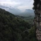 Für alle, die den Blick noch nicht kennen: Blick über die Gardaseeberge bei Arco