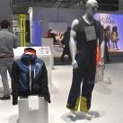 Gold-Winner im Skibereich: Skibekleidung von Puya (rechts) und Ortovox (links)