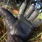 Der Schladming überzeugt duch seine Robustheit (Lederinnenflächen) ...