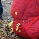 Thule Versant 50: Befestigungsschlaufen für Stöcke oder Pickel