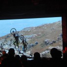 ... und vielen Tragesequenzen, getreu dem Motto: Wer sein Fahrrad schiebt, der... (na, ihr wisst schon)