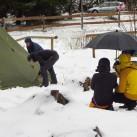 Erst regen, dann Schnee: 2012 im Harz (Die Kamera ist gut geschützt).