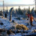 Frisbee spielen zum Warmwerden: 2002 im Isergebirge
