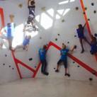 Erste Trainingseinheit an der Boulderwand