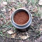 Blick in den Filter: Schön fein gemahlener Kaffee.
