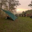 Es ist noch ziemlich ruhig im Camp - alle Zeit der Welt, in Ruhe einen Kaffee zu machen, ...
