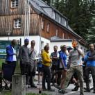 Wechselstelle in Jöhstadt - Gemeinsames Warten auf ihre Teamkollegen, ...