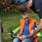 Prüfender Blick von Carsten an der Wechselstelle Deutsch-Katharinenberg, bevor es für den Wettkampfleiter weitergeht