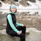 Gute Kombination: Pyua Ascend Hooded Women und Arc'teryx Atom LT Vest