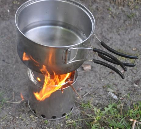 Zurück zur Natur – Mit dem ALB Forming Stainless Steel Stove Bush Buddy