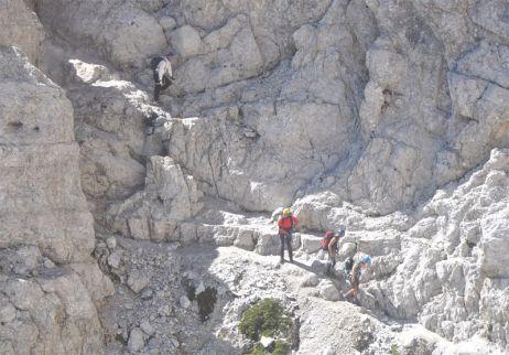 Faszination Via Ferrata: Teil 1 – Ein Seil in der Wand macht noch lange keine Ferrata