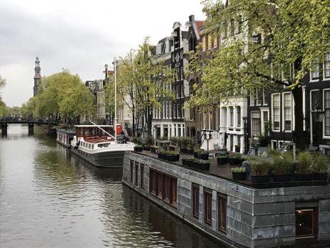 Auf geht es nach Amsterdam zu Tulpen, Käse und Grachten