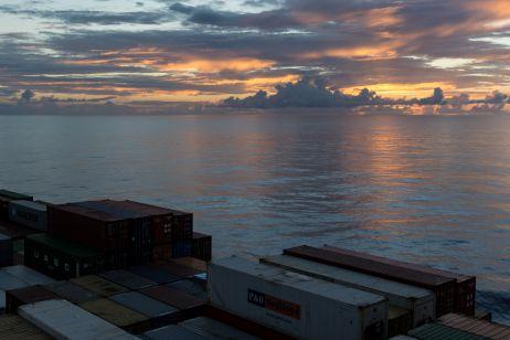 Blau macht glücklich – Mit dem Frachtschiff über den Atlantik