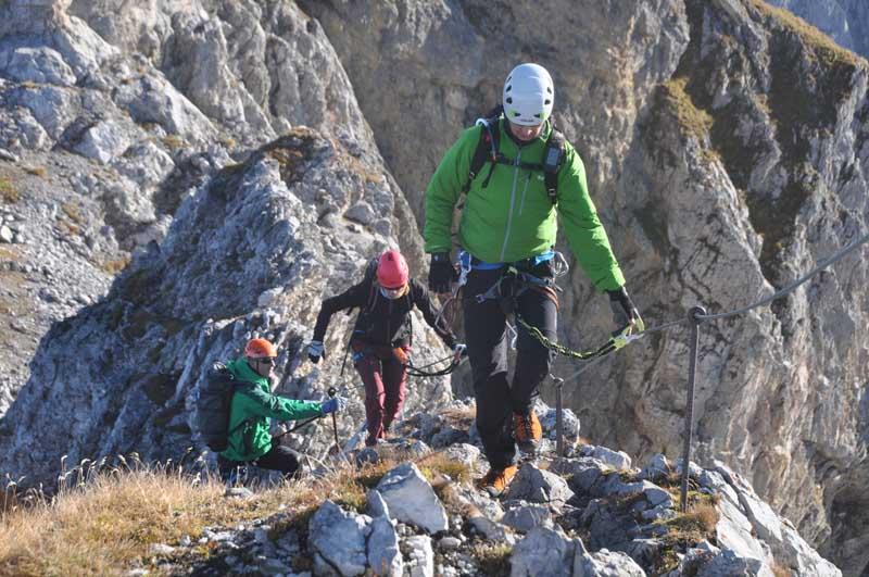 Klettersteigset Im Vergleich : Ausrüstung reiseberichte informationen vergleichstest
