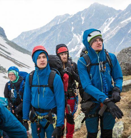 Hält Eco, was es verspricht? – Das PYUA Breakout-Y Jacket im Allwettertest auf dem Rysy