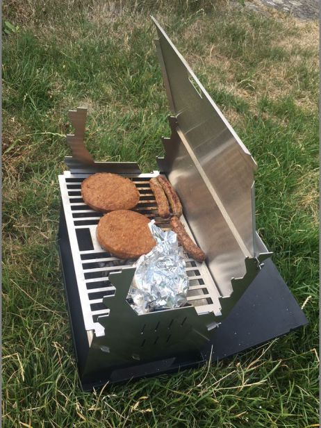 Der Fennek Outdoor Grill in Action