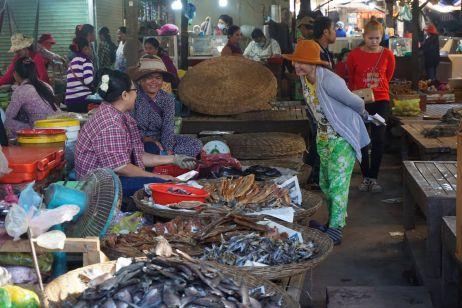 Lokaler Markt abseits der Touristenpfade