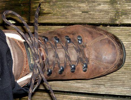 Wachs verhindert das Austrocknen des Leders
