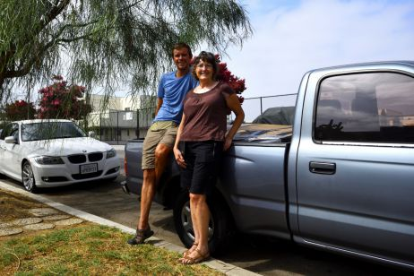 Warmshowers-Gastgeberin Karen in LA fährt uns mitsamt eingepackter Räder sogar zum Flughafen