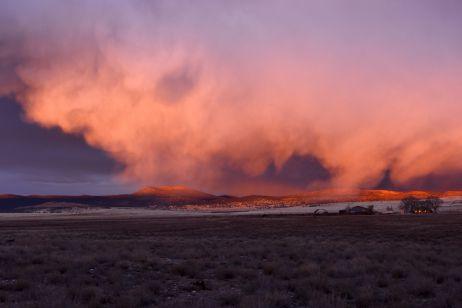 Dramatischer Sonnenuntergang an der Route 66