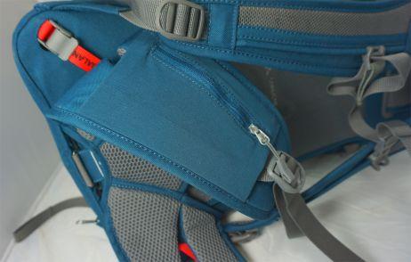 Tasche auf dem Hüftgurt des Brenta 25