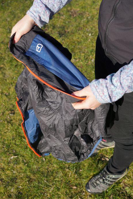 Ortovox Merino Windbreaker: Verpacken in der Stautasche