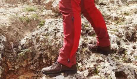 Die griffige Vibram®-Endurance-Sohle bietet guten Halt auf felsigem Untergrund